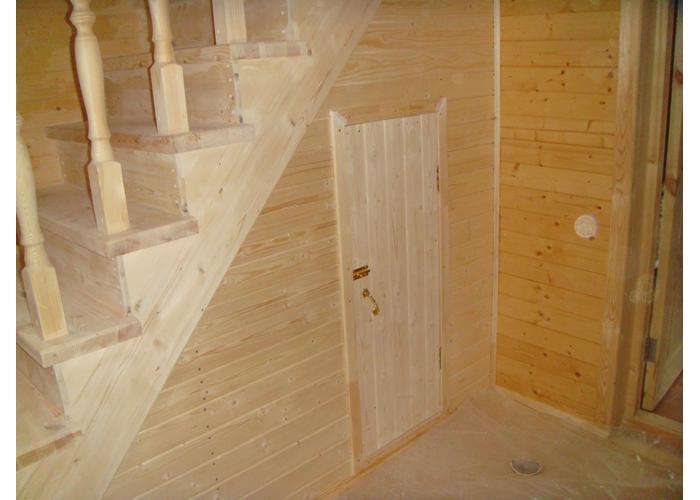 Под лестницей шкаф на даче своими руками фото 50